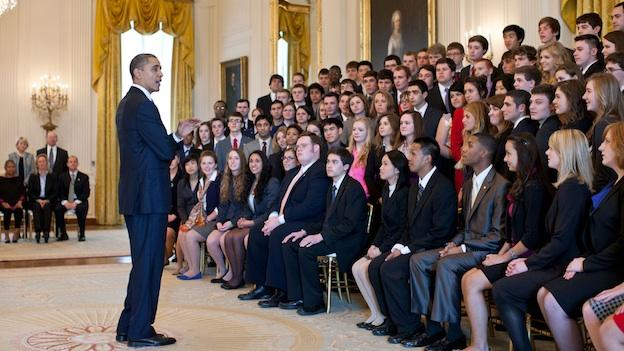 President Obama meets with 2012 US Senate Youth Delegates.