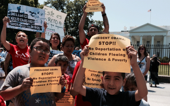 Hundreds of immigrant-rights activists assembled outside the White House to protest President Obama's request that Congress fund the deportation of tens of thousands of Central American children.