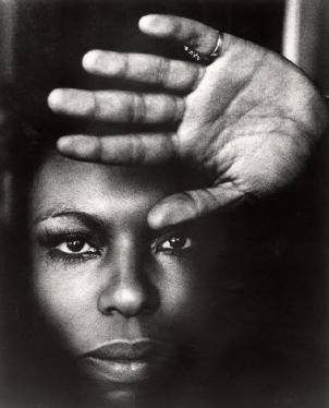 At Roberta's Back in Town, singer-songwriter Roberta Flack will play songs from her newest album, Let It Be Roberta, a Beatles' cover album.