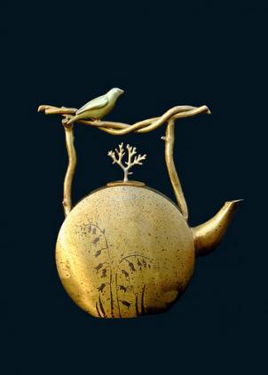 Joseph and Georgia Pozycinski's Bronze Finch Teapot