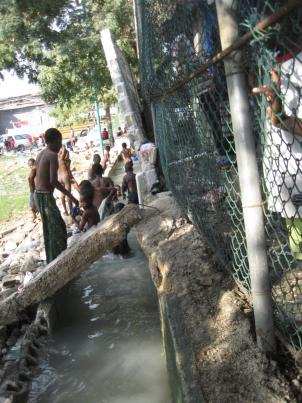 Water and sanitation has become a major issue in the aftermath of Haiti's biggest earthquake to date.