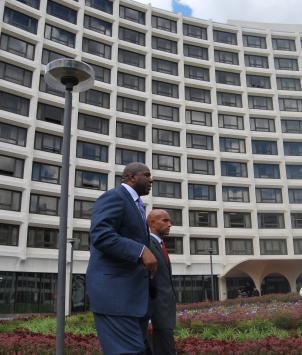 Basketball legend Ervin 'Magic' Johnson (left) and D.C. Mayor Adrian Fenty (right) outside of the Washington Hilton.