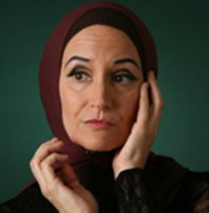 Grey Gardens was written by the Tony and Pulitzer-prize winning author Doug Wright.