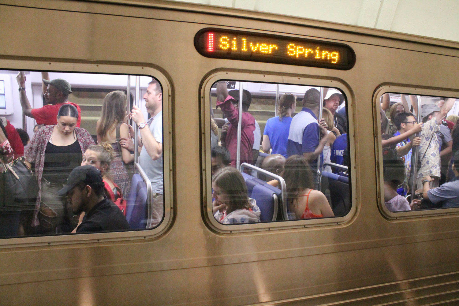 Metro Includes Bus Trips In Monthly Metrorail Pass And Adds