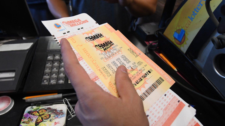 At $1 6 Billion, Mega Millions Jackpot Becomes Largest In